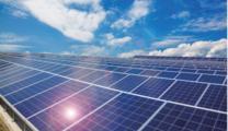 太陽光発電 再生可能エネの主力電源化を牽引